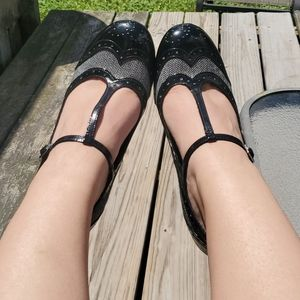 Black Wing Tip Heels With T Strap
